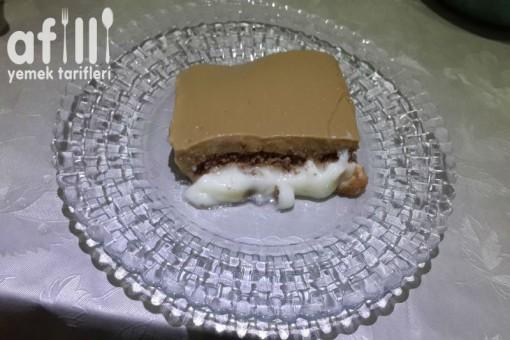 Nescafeli Sakızlı Muhallebi Tarifi